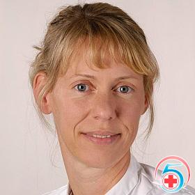 Дольнева - врач наркологической клиники Квинмед
