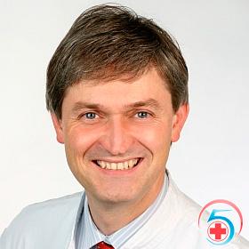 Кушнарев - врач наркологической клиники Квинмед