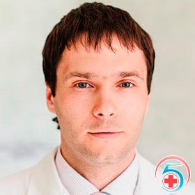 Тучин - врач наркологической клиники Квинмед
