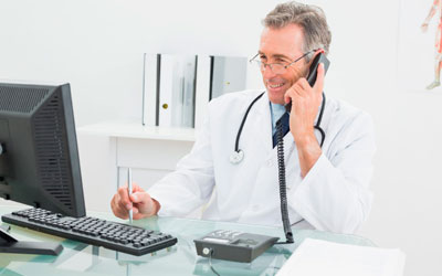 Доктора поддерживают связь с пациентами - Квинмед