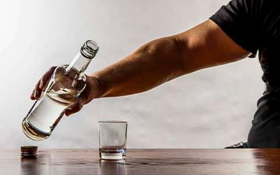 Алкогольная ломка - Квинмед