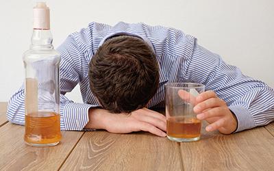 Признаки алкоголизма - Квинмед