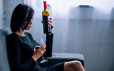 Влияние алкоголя на женщин - Квинмед