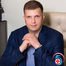 Степанов Алексей Сергеевич - консультант наркологической клиники Квинмед